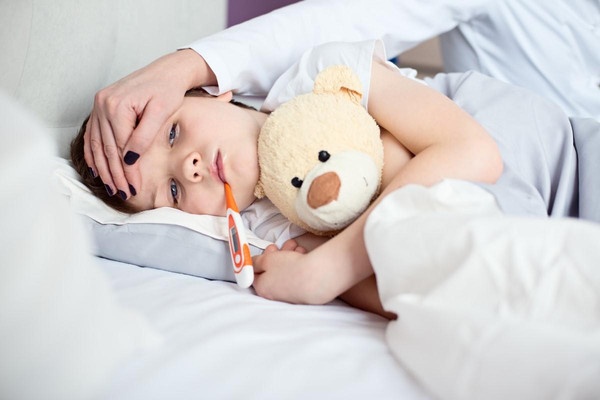 Meningita - simptome, tipuri, tratament - Migrenă